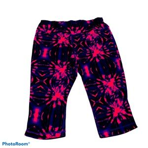 Material Girl Pink and Blue XL Athletic Capris